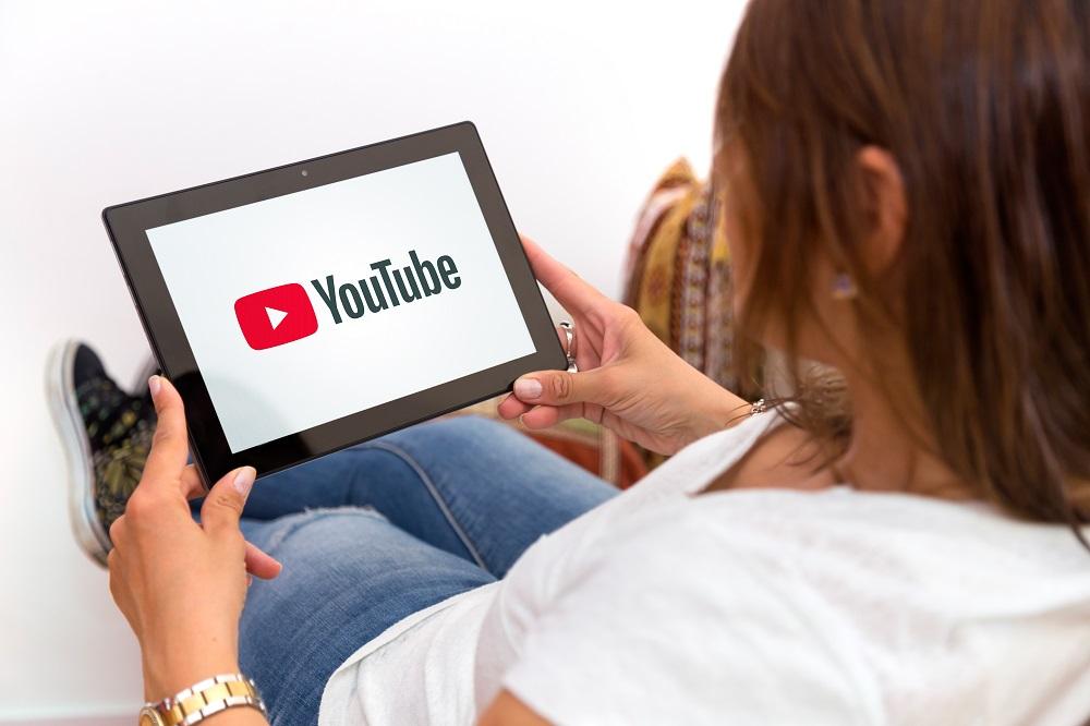 Comment gagner de l'argent sur youtube avec une petite chaine ?